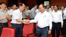 Hình ảnh Thủ tướng tiếp xúc cử tri Hải Phòng