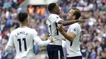 Kane lập cú đúp, Tottenham rượt đuổi điên rồ với Leicester