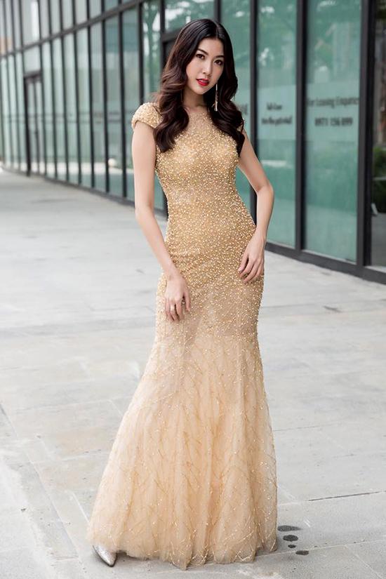 Lý Nhã Kỳ mặc đẹp nhất tuần với loạt váy đắt đỏ