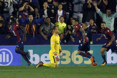 Levante 5-4 Barcelona