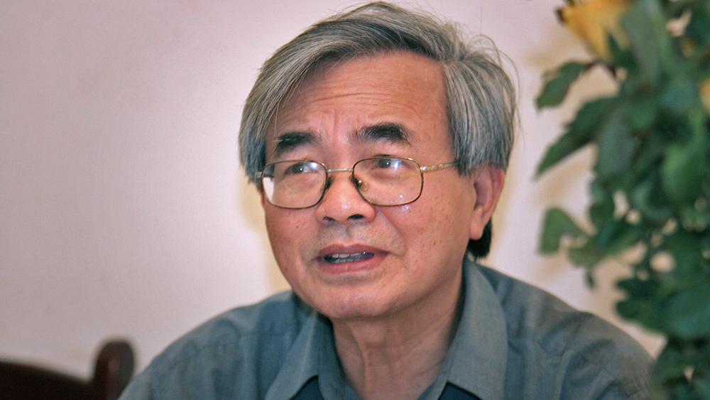 GS Phan Đình Diệu trong một lần trả lời phỏng vấn VietNamNet về cải cách giáo dục. Ảnh: Lê Anh Dũng