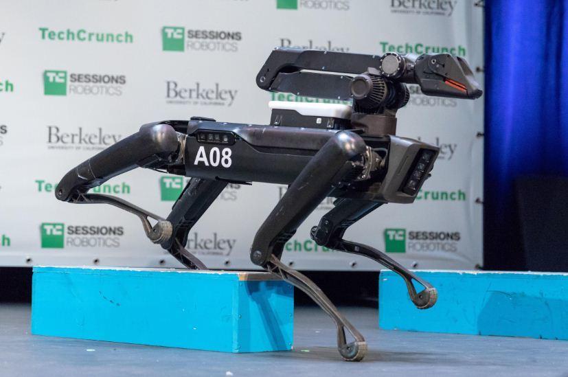 Robot,Người máy,AI,Trí tuệ nhân tạo,SpotMini