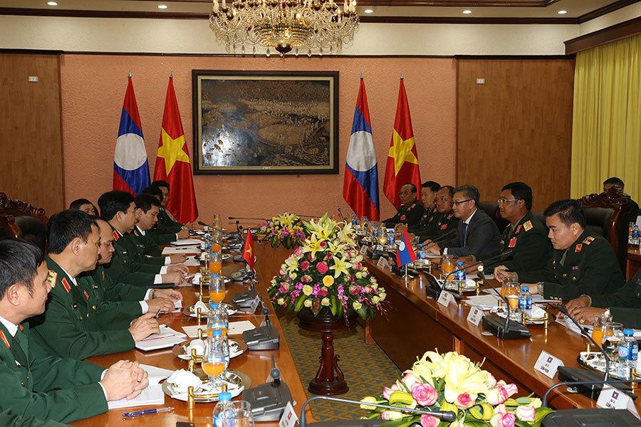 Bộ trưởng Quốc phòng,Đại tướng Ngô Xuân Lịch,Tổng tham mưu trưởng,Việt-Lào