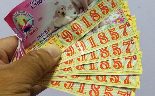 Vĩnh Long: Người dân trình báo bị cướp 10 tỷ tiền trúng vé số
