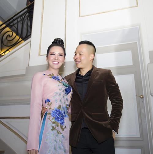 Đinh Hiền Anh sang Paris làm giám khảo Mrs Áo Dài 2018