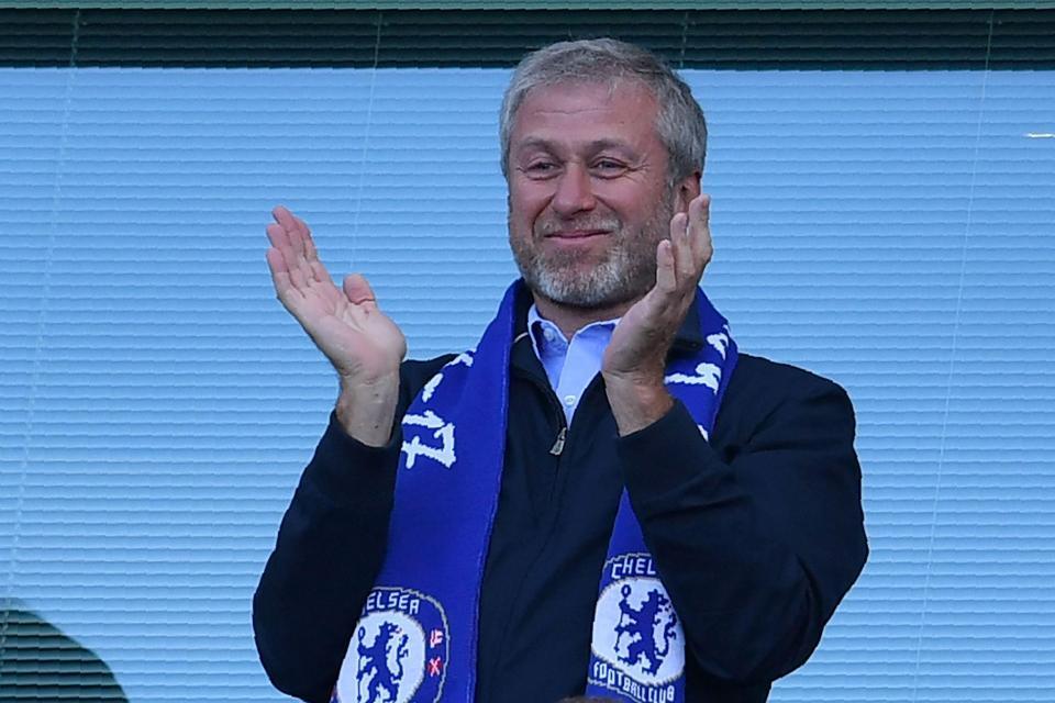 Lộ diện HLV 'cực chất' Abramovich mời về thay Conte