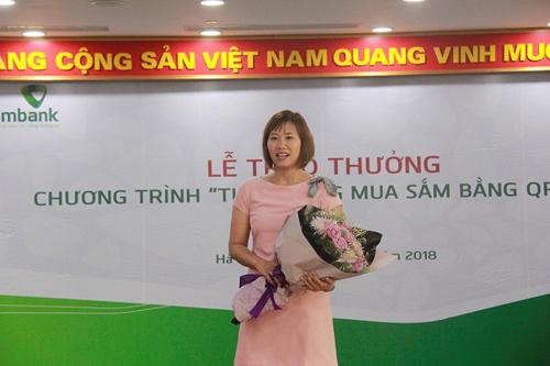 Hơn 300 khách Vietcombank trúng thưởng nhờ thanh toán QR Pay