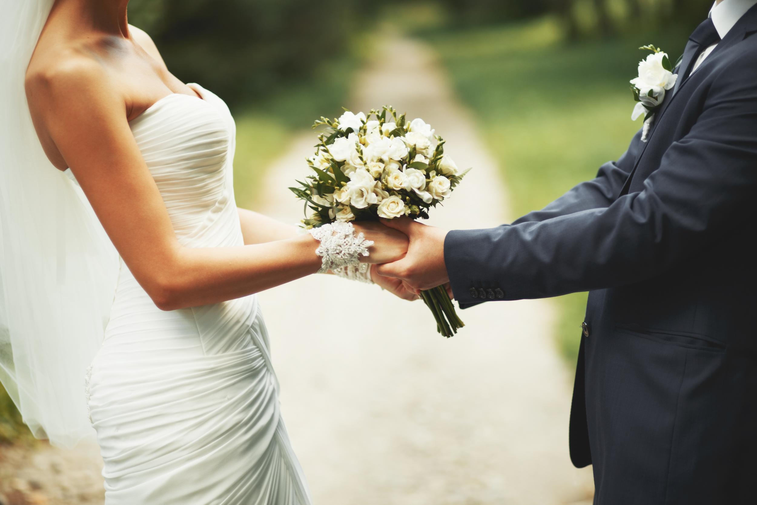 Lấy chồng giàu nhưng khách mời đặc biệt trong đám cưới làm tôi ám ảnh