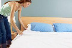 Cách vệ sinh nội thất phòng ngủ nhanh nhất