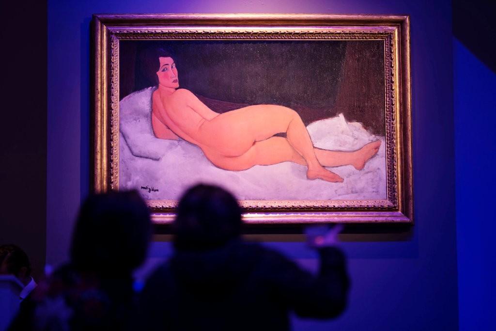 Bức tranh cô gái khỏa thân của danh họa Modigliani được bán hơn 157 triệu USD