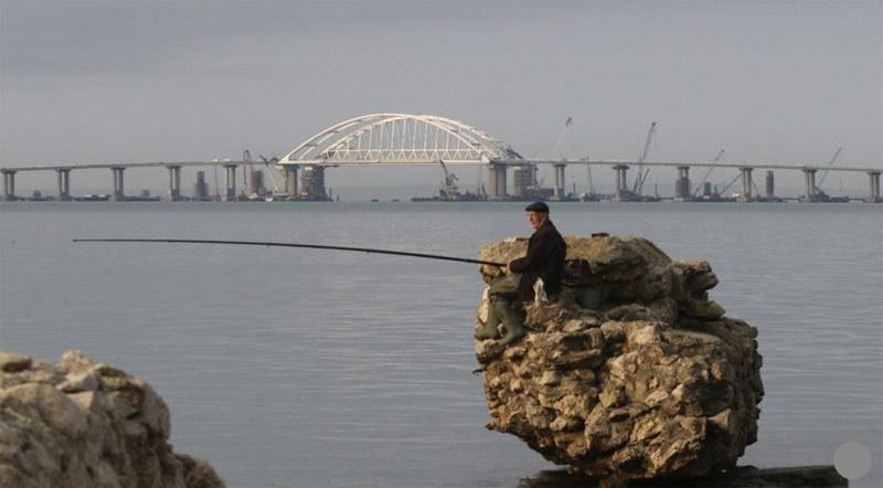 Nga,bán đảo Crưm,cầu Crưm