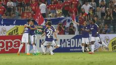 Hòa nghẹt thở HAGL, Hà Nội FC vào bán kết Cúp QG