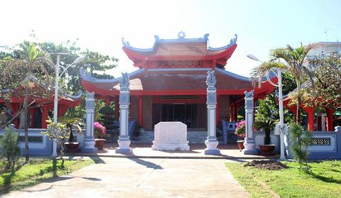 nhà tưởng niệm Bác Hồ ở Trường Sa
