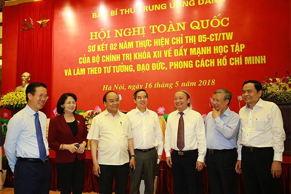 Thường trực Ban Bí thư,Trần Quốc Vượng,tư tưởng Hồ Chí Minh