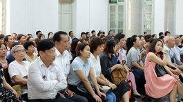 Hàng trăm bị hại dự tòa vụ tiến sĩ lừa tỷ đô