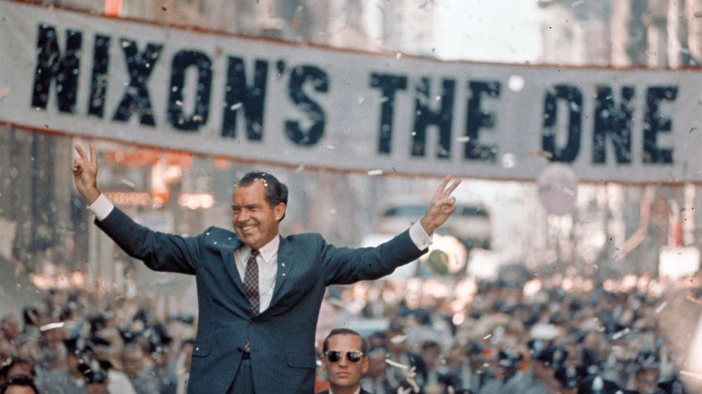 Ngày này năm xưa: Bê bối khiến Tổng thống Mỹ 'ngã ngựa'
