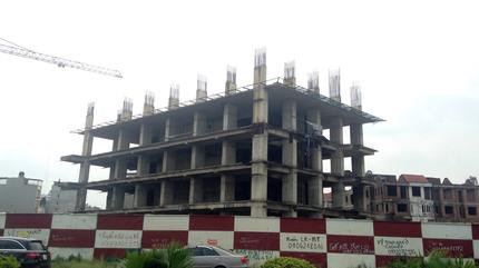 Mua căn hộ Usilk City: Có người không còn sống chờ ngày nhận nhà