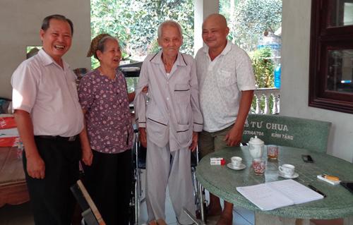 Thay van tim thành công cho cụ ông 90 tuổi