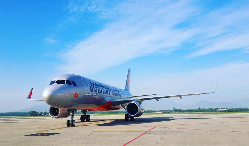 Máy bay quay đầu khẩn cấp, cứu khách nước ngoài nguy cơ sẩy thai