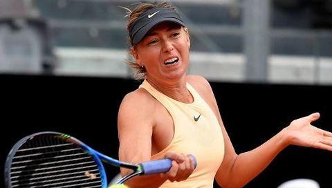 Maria Sharapova 1-2 Simona Halep