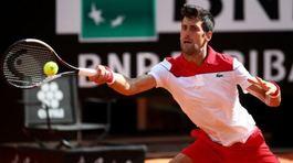 Djokovic chiến Kei Nishikori ở tứ kết Italia Open