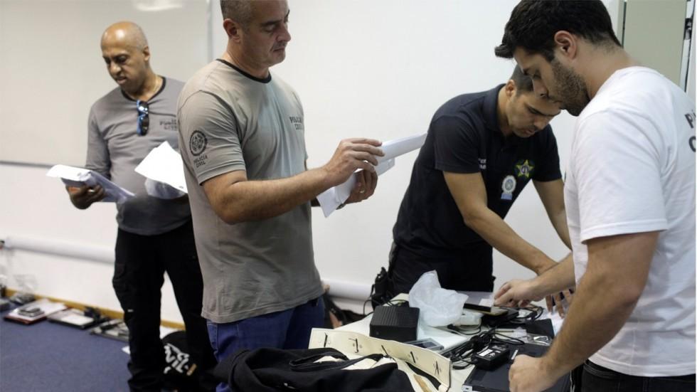 Brazil bắt hàng trăm người dính líu khiêu dâm trẻ em