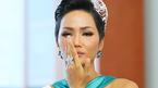 H'Hen Niê khóc nghẹn vì stylist riêng nhập viện khẩn