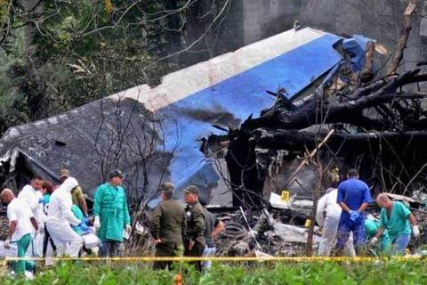 máy bay Cuba rơi