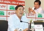 """Bóng đá Việt Nam diễn """"trò hề"""": Đau và tiếc"""