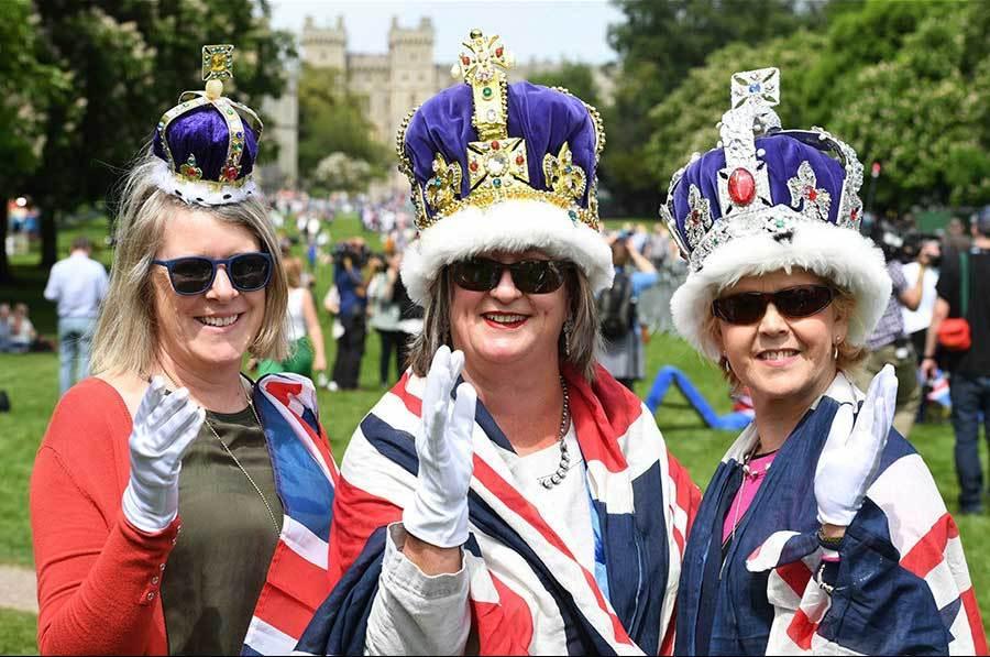 Đám cưới long trọng của Hoàng tử Anh và 'Lọ lem' nước Mỹ