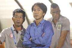 Thua tối mặt, HLV Miura đề nghị VPF chấn chỉnh trọng tài