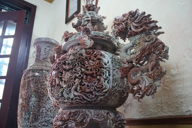 Đại gia Việt 'chơi trội' chi tiền tỷ mua bức tranh ngọc lớn nhất Châu Á
