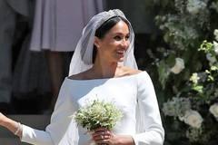 Cận cảnh váy cưới cổ tích của công nương Meghan Markle
