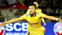 Phan Văn Đức ghi bàn, SLNA tuột chiến thắng trước Quảng Nam
