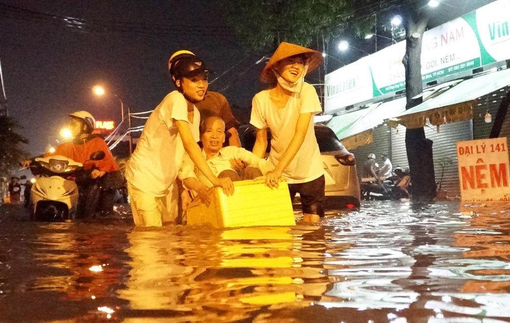 Dự báo thời tiết 21/5: Sài Gòn mưa lớn, nguy cơ ngập rất sâu