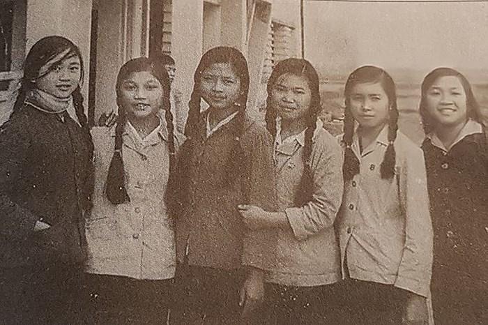 Học sinh miền Nam,Hiệp định Genève,Chiến thắng Điện Biên Phủ,Chiến tranh chống Pháp