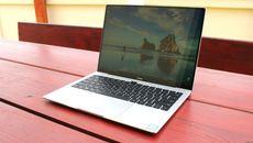 Laptop Trung Quốc đắt ngang ngửa MacBook Pro