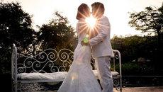 Những ca khúc lãng mạn không thể thiếu trong đám cưới