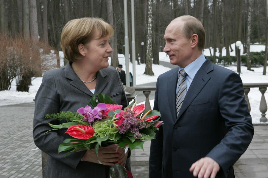 Những lần 'mắc lỗi' với phụ nữ của ông Putin