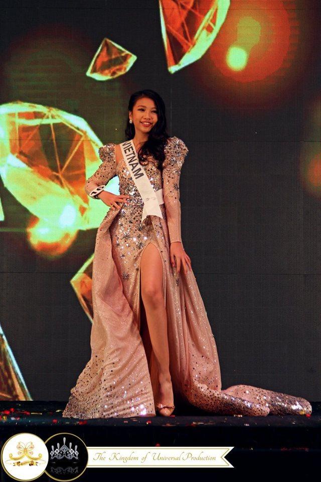 Hoa hậu Hoàn vũ nhí Ngọc Lan Vy 13 tuổi, cao 1m72