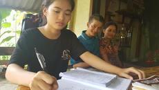 Xin nuôi tiếp giấc mơ đến trường của cô học trò nhỏ có bố bại liệt