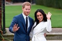 Những bóng hồng trong cuộc đời hoàng tử Harry
