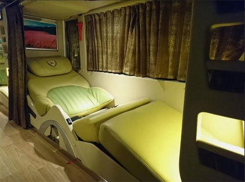 Bộ ba xe khách hạng sang của DCAR