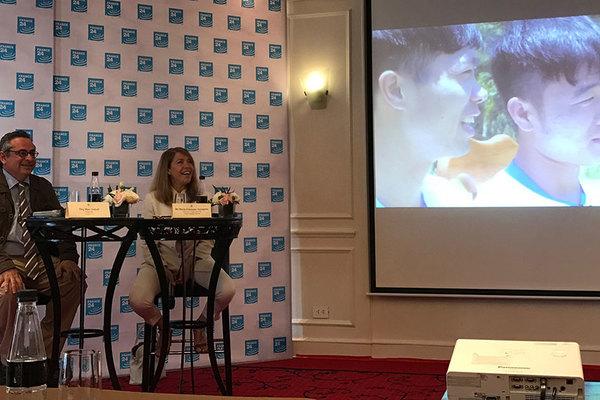 'Ông lớn' truyền hình Pháp phát toàn thế giới chương trình đặc biệt về Việt Nam