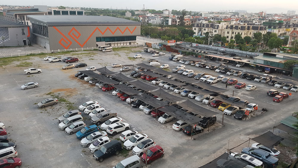 10 ngày dẹp xong 2 bãi giữ xế hộp ở Linh Đàm