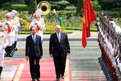 Chủ tịch nước Trần Đại Quang đón Toàn quyền Australia