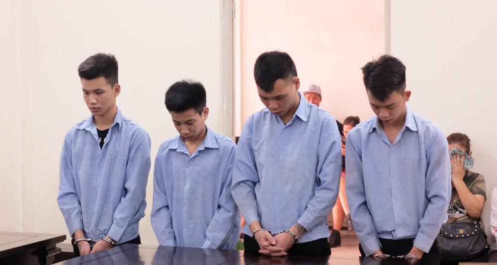 Đám cướp bịt mặt ở Hà Nội và nước mắt những người mẹ - ảnh 2