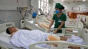 6 người Việt bị lật xe ở Lào, cấp cứu tại Nghệ An