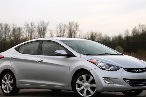 Tư vấn mua ô tô cũ: 3 mẫu xe giá rẻ tốt nhất của Hyundai