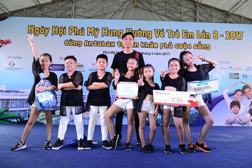 Trẻ em tưng bừng chơi hướng nghiệp ở Phú Mỹ Hưng